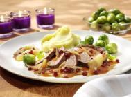 Rezept_Gänsekeule Äpfel Schalotte_Gänsebrust mit Preiselbeer-Birnensauce