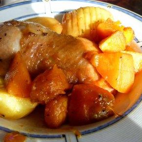 [Rezept] Hähnchenschenkel mit Würzglasur und Rosmarinkartoffel
