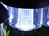 Solarlampen als Wegweiser und Deko-Elemente