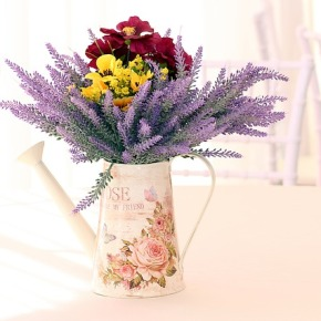 Die Farbe Lila: Lavendel alsDeko-Element