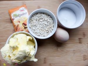 [Rezept] Kuchen mit Haferflocken und Pflaumenmus - Sylter Blech ~ Die Alleskörner