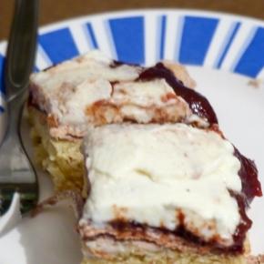 [Rezept] Kuchen mit Haferflocken und Beeren – Sylter Blech ~ DieAlleskörner