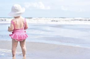 Unbeschwerter Sonnenspaß! UV-Schutz für Groß undKlein