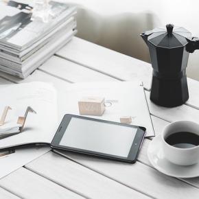 """""""Schreibtisch Detox"""": Fünf Wege zur Steigerung der Produktivität im HomeOffice"""