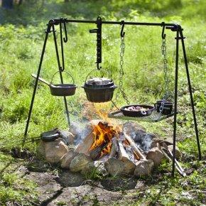 Die Petromax Feuerbrücke: Kochen wie im WildenWesten